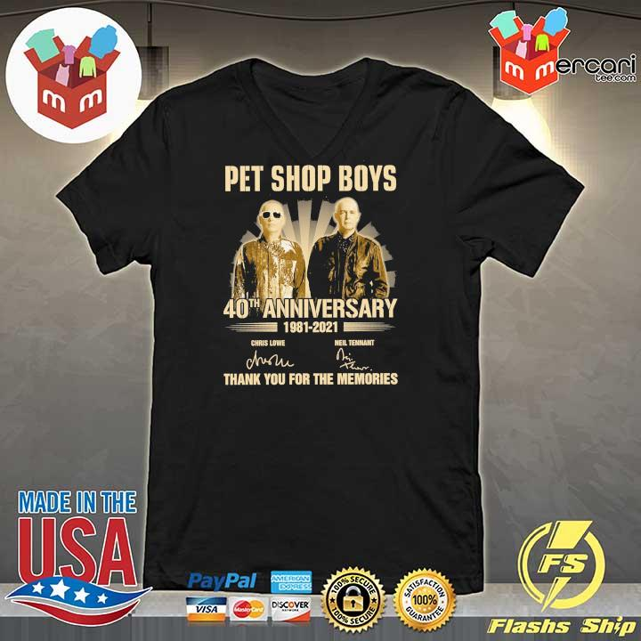 Official pet ship boys 40th anniversary 1981 - 2021 chris lowe neil tennant signatures thank you for the memories V-neck