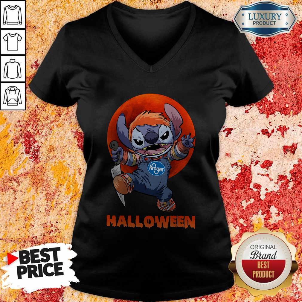 Nice Michael Myers Stitch Kroger Halloween V-neckNice Michael Myers Stitch Kroger Halloween V-neck