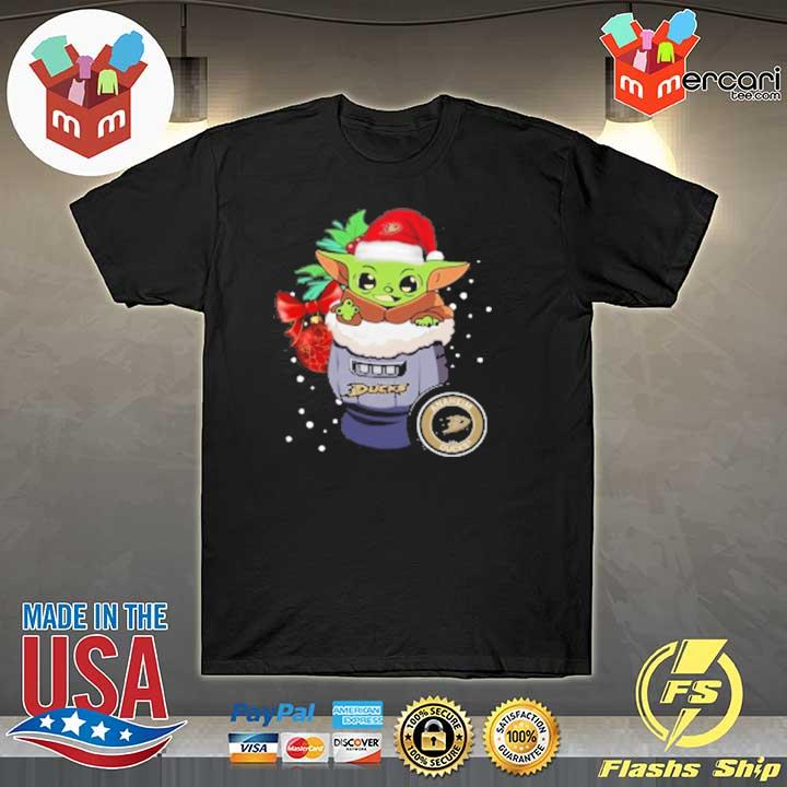 2020 anaheim ducks christmas baby yoda star wars funny happy nhl sweatshirt