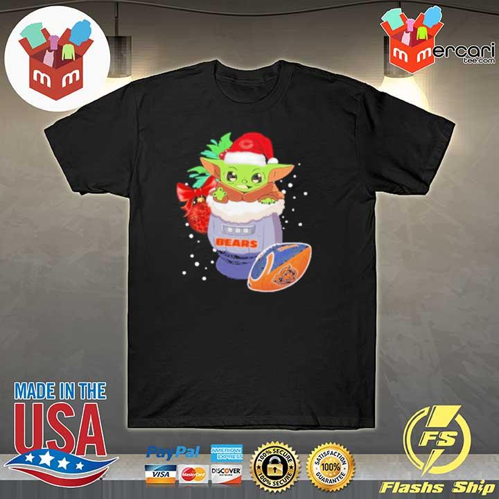 2020 chicago bears christmas baby yoda star wars funny happy nfl sweatshirt