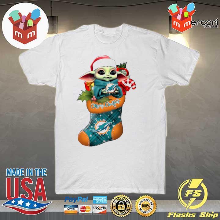 2020 baby yoda hug miami dolphins ornament merry christmas 2020 shirt