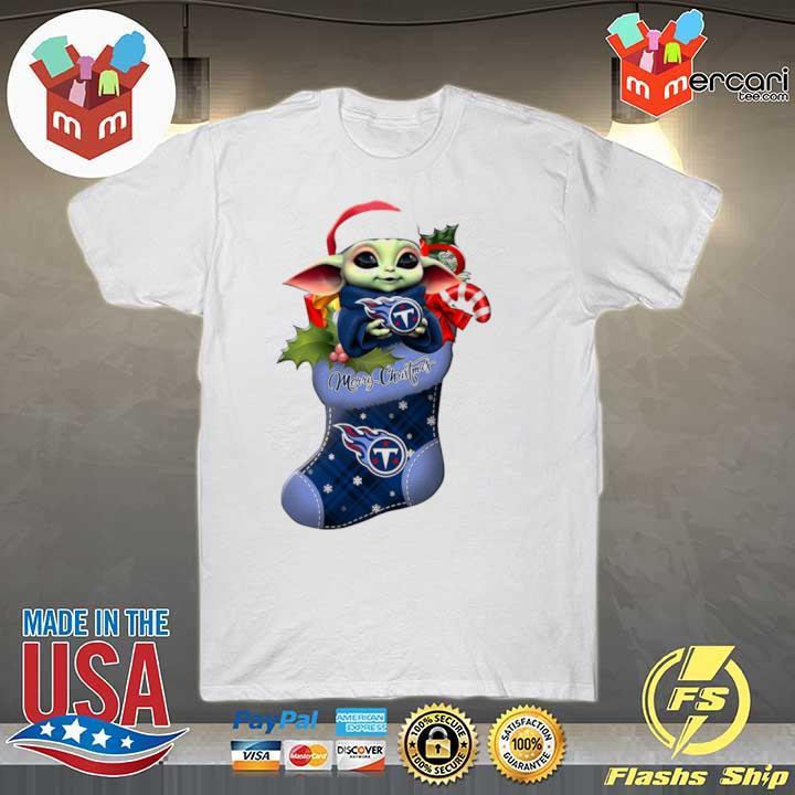 2020 baby yoda hug tennessee titans ornament merry christmas 2020 shirt